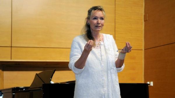 """Conferința """"Pedagogia Resonnace. Fenomenologia sunetului și a gestului"""" – Iași"""