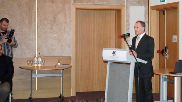 """Conferință """"Arta de a educa"""" – Oradea"""