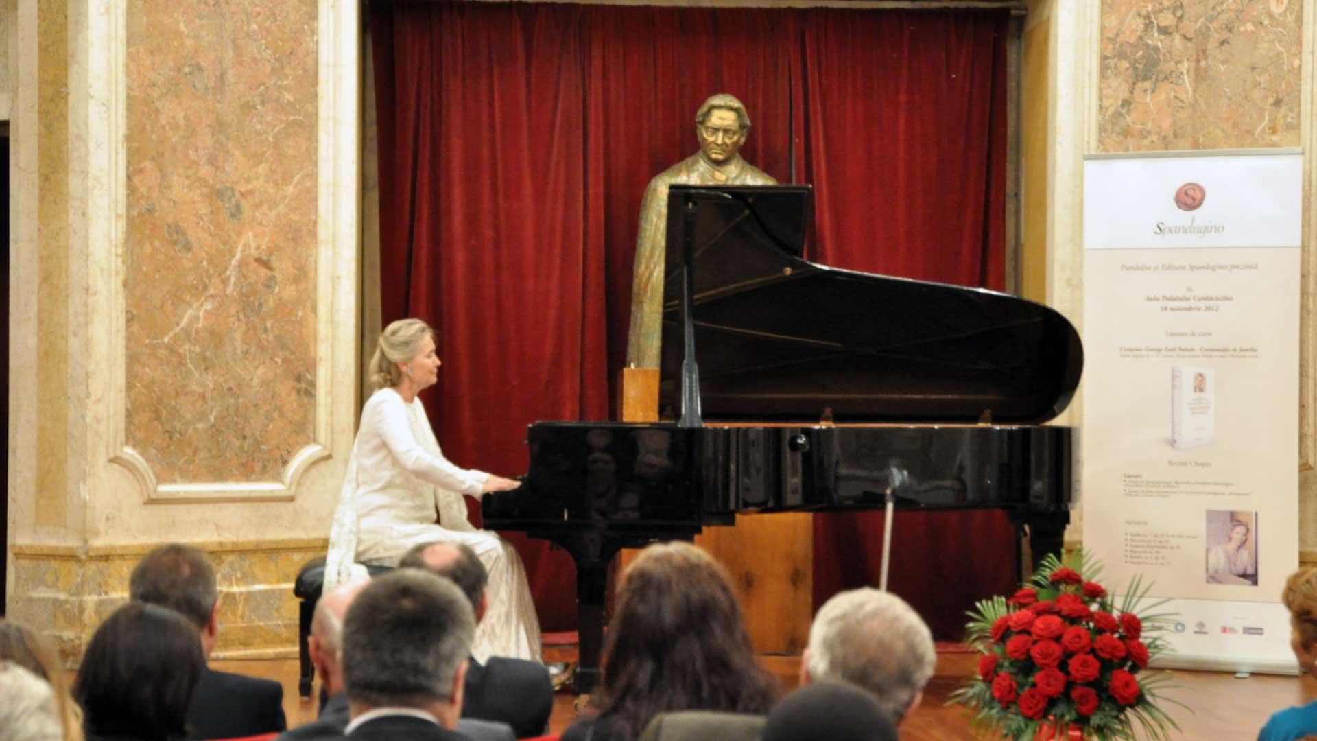 """Elizabeth Sombart pe scena Muzeului """"George Enescu"""""""
