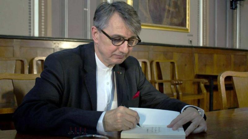 "Horia-Roman Patapievici: ""Un mediu de afaceri neprietenos"""